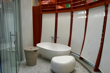 Bathroom in the treatment room