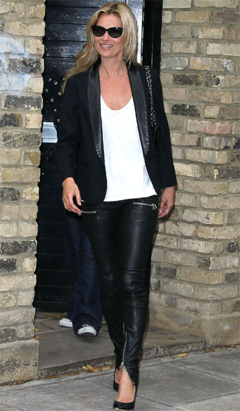kate-moss-leather-trousers_0