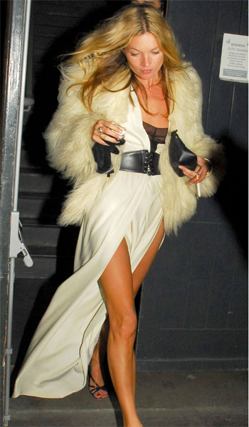 kate-moss-long-white-dress