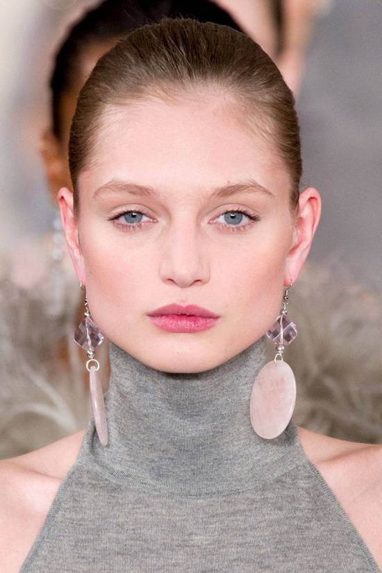 hbz-makeup-trends-fw2014-fresh-faces-01-Ralph-Lauren-clpi-RF14-3153-lg