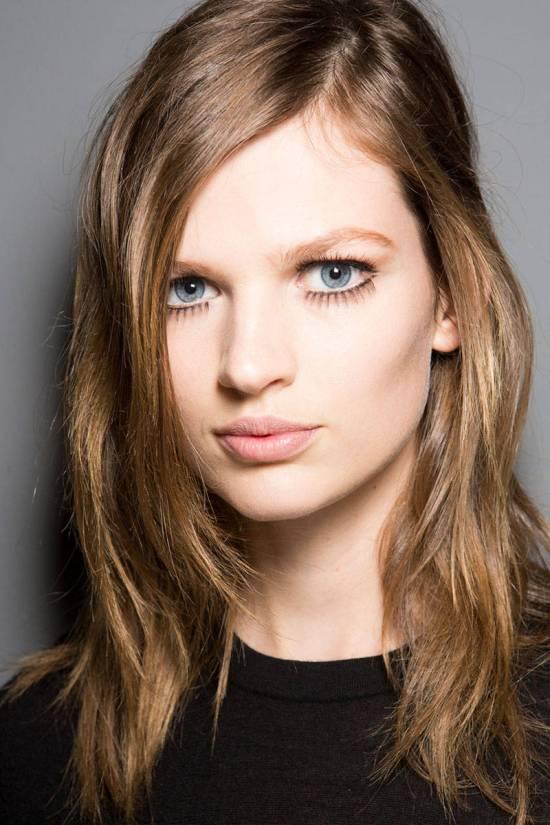 hbz-makeup-trends-fw2014-mega-lashes-01-Gucci-bks-Z-RF14-5232-lg