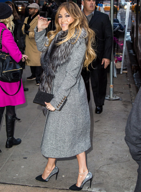 012015-jlo-weekend-wears-1-480