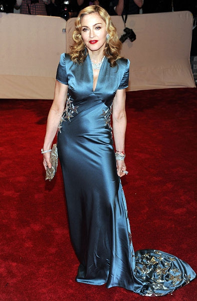new-madonna-fashion-gala-met-05022011-617-600