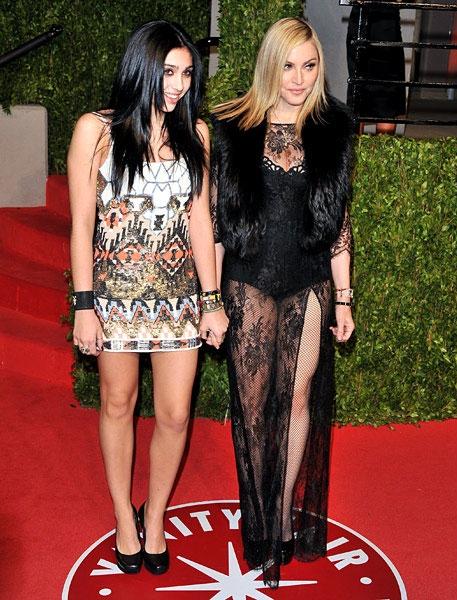 new-madonna-lourdes-vanity-fair-02272011-617-600